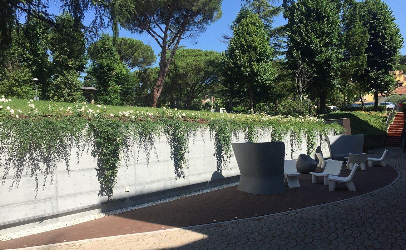 Area Lounge esterna della Casa per Ferie al CTF